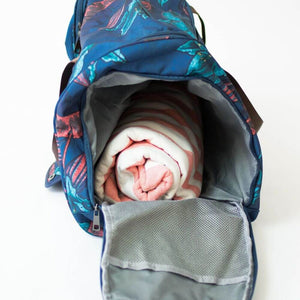 open side view of the salt atlas voyager duffle in blue lily print