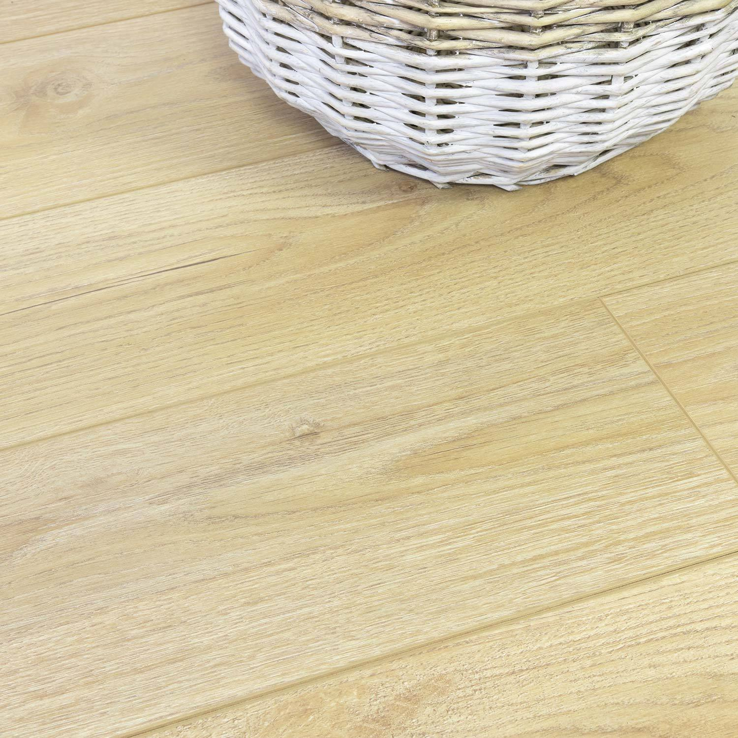 Sisu Laminate Light Brown Oak