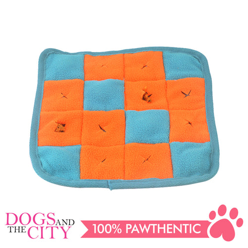 DGZ Pet Snuffle Play Mat for Dog, Feeding Mat or Blanket 25x25cm