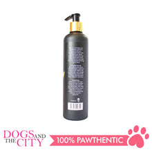 Load image into Gallery viewer, Glow D006 2in1 Shampoo and Conditioner for Dog And Cat 300ml