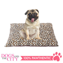 Load image into Gallery viewer, Pawise 12368 Deluxe Rectangular Dog Bed 68.5x91.5x13cm