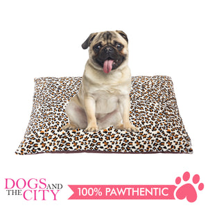 Pawise 12368 Deluxe Rectangular Dog Bed 68.5x91.5x13cm