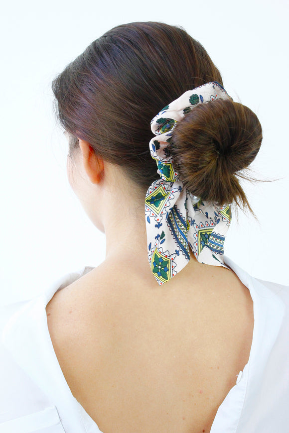 Pink Paisley Print Pearl Scrunchie Hair Band Tie