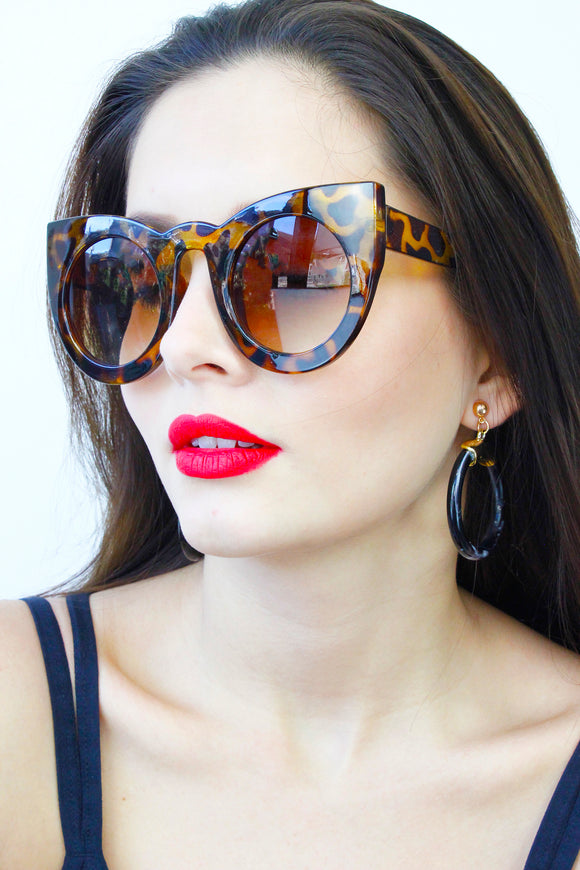 Tortoise Shell Oversized Cats Eye Sunglasses