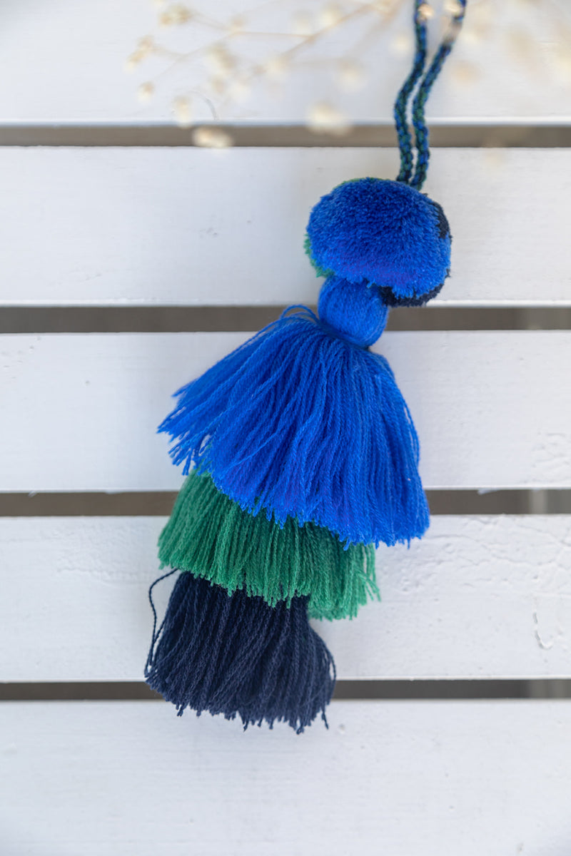 blue-black-tassel