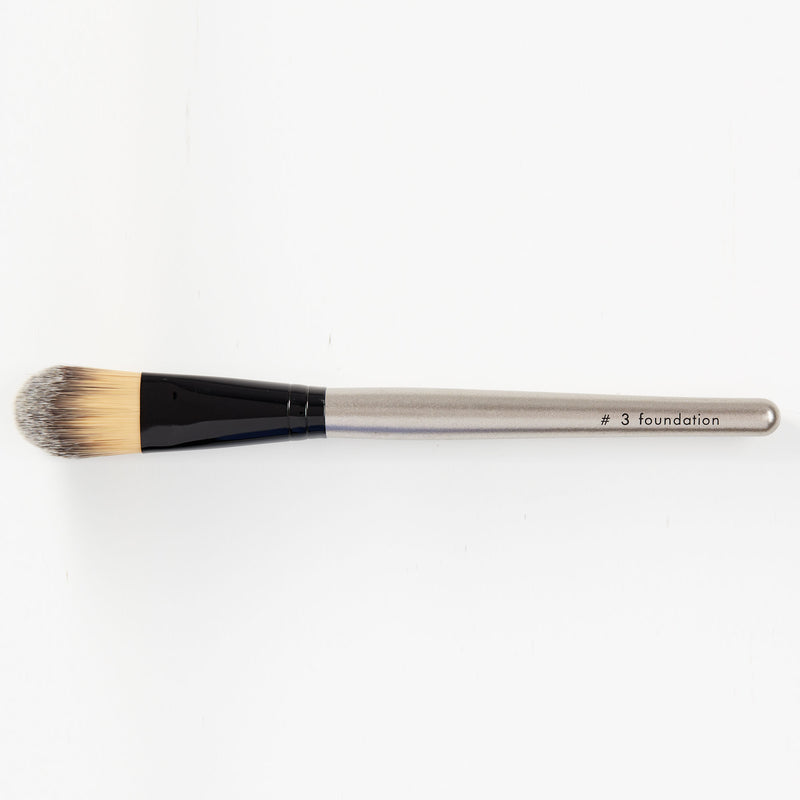 Foundation Brush - HeyBabe Cosmetics