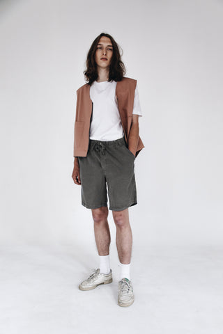 Washed grey fluid lyocell shorts