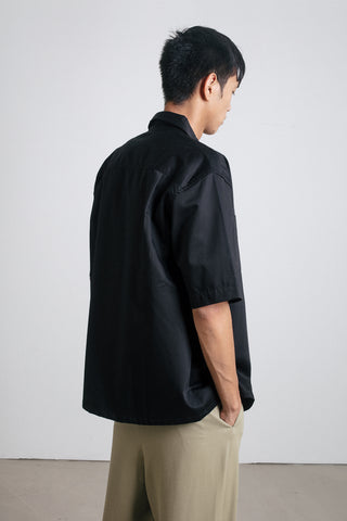 Black unisex short sleeve shirt