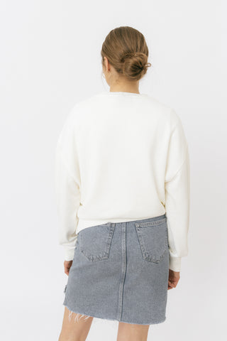 White crop sweatshirt