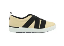 Load image into Gallery viewer, Leather Tennis Shoes in Beige - AC5109