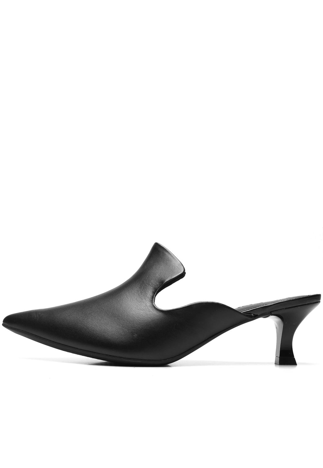 Leather Clog in Black - AC2402