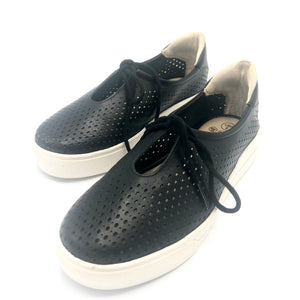 Leather Tennis Shoes in Black - 4843
