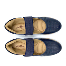 Load image into Gallery viewer, Casual Leather Slip on in Navy- AC5402