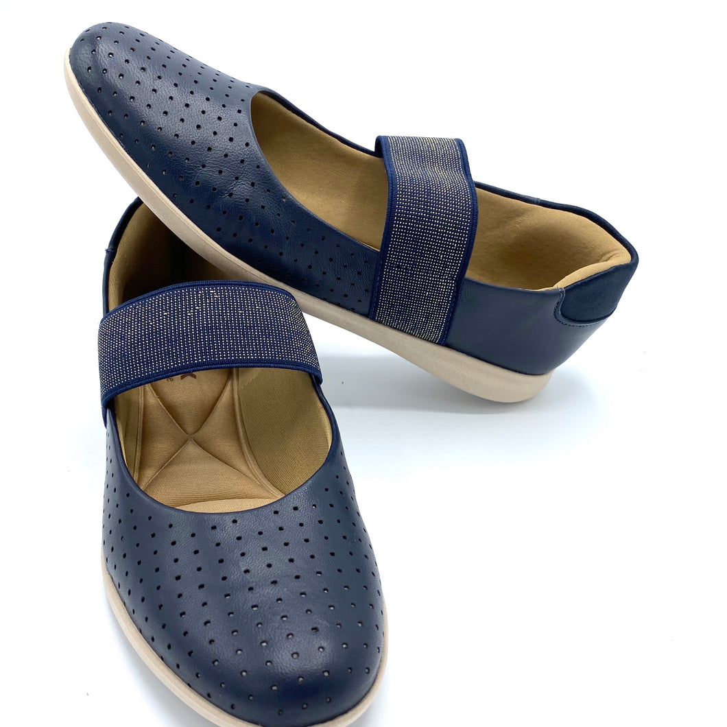 Casual Leather Slip on in Navy- AC5402