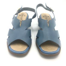 Load image into Gallery viewer, Low heel Sandal in Blue-8762