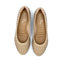 Load image into Gallery viewer, round-toe flat  in Beige-1264-038