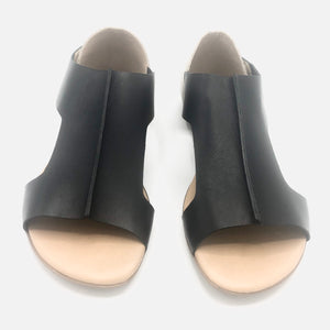 Leather flat Sandal in Black - 4112