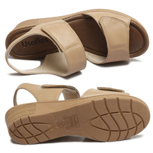 Load image into Gallery viewer, Leather Sandal in Camel w/Velcro-Z8315