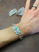 Load image into Gallery viewer, sterling silver hamsa bracelet