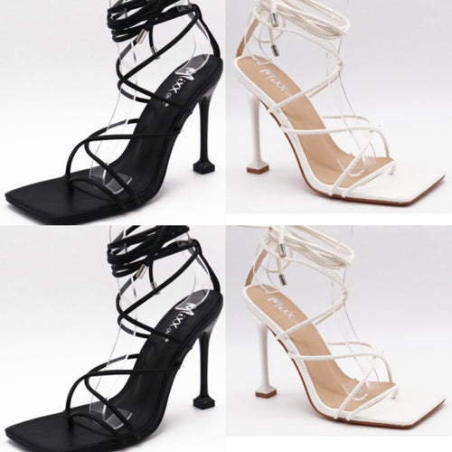Strap up heels (Black-Nude)