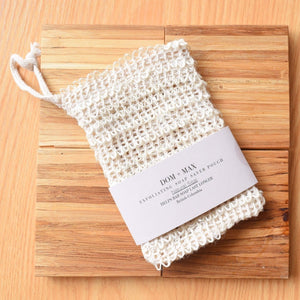 Exfoliating soap saving pouch