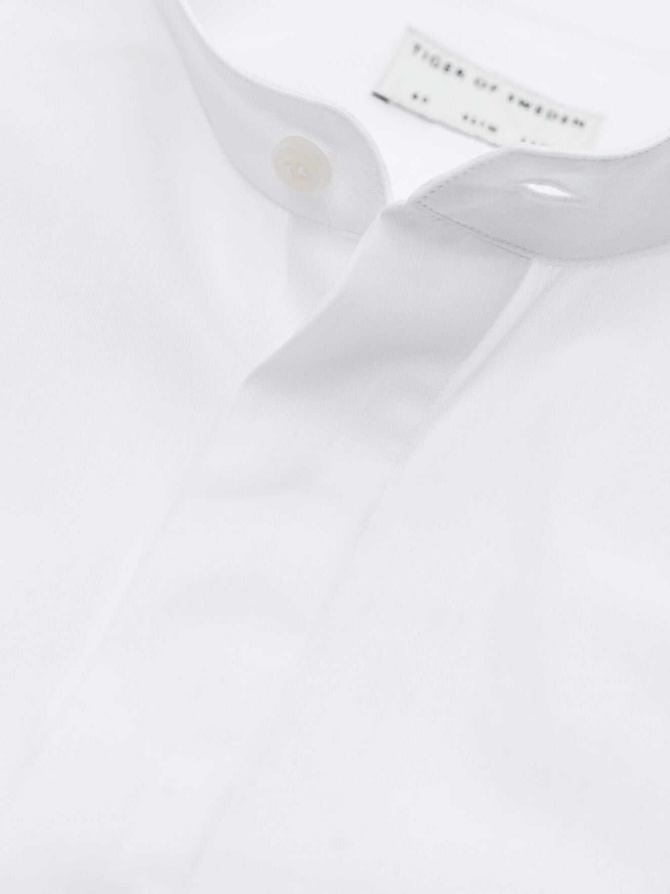 forward shirt pure white t66613002 Tiger of Sweden