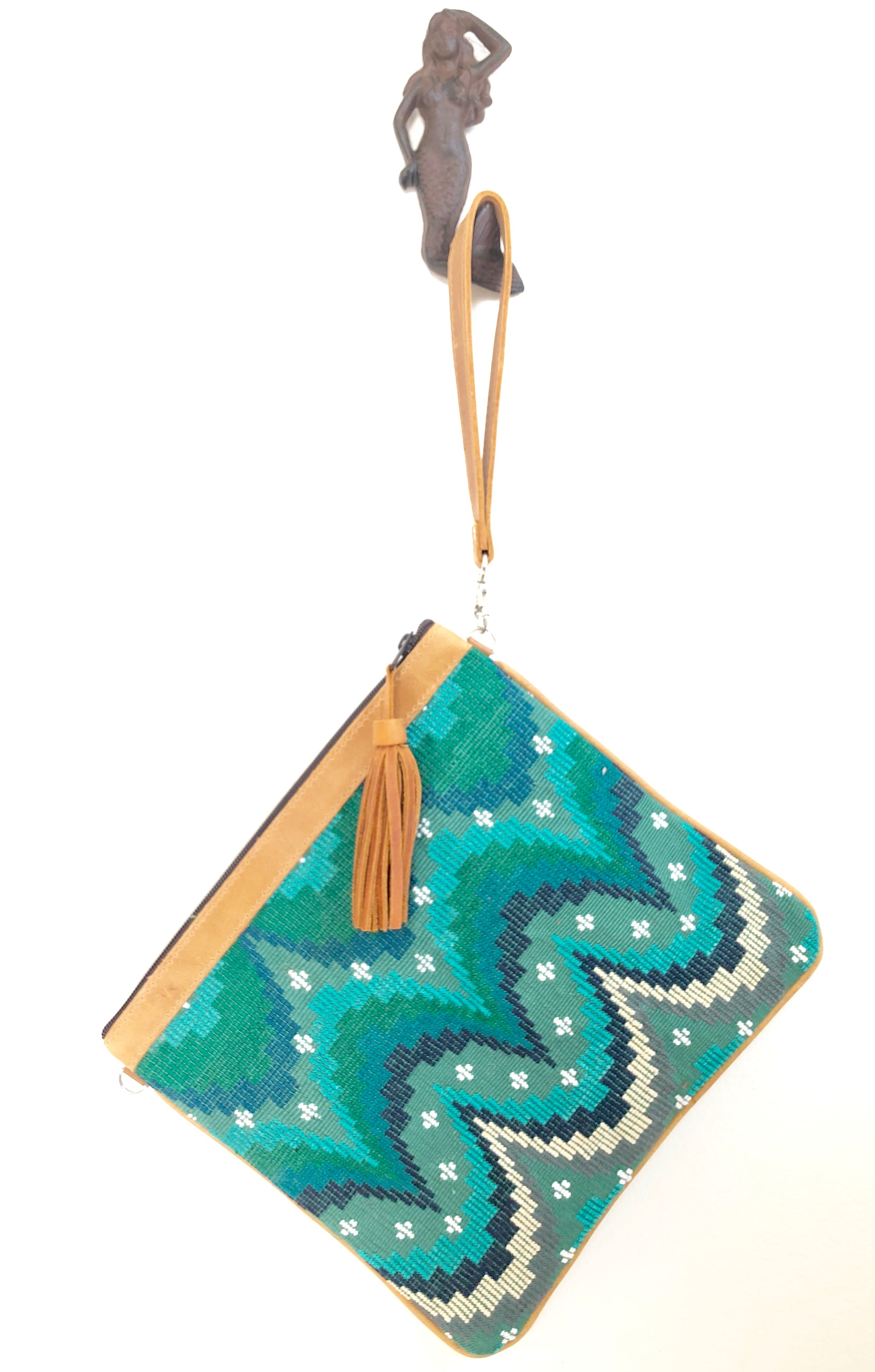 BOWIE CLUTCH - MERMAID