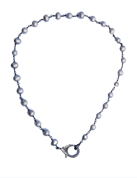 Fresh Water Pearl on Short Chain - Sotre Collection