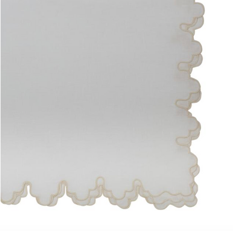 Sultan Scallop Edge Napkin