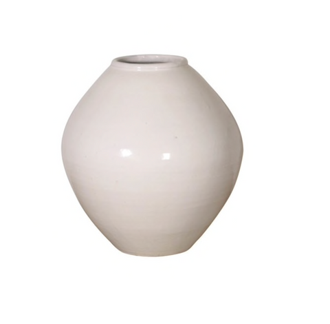 Vintage White Vase - Sotre Collection