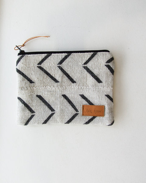 Arrow Pouch
