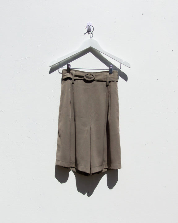 Vintage High Waist Pleated Shorts