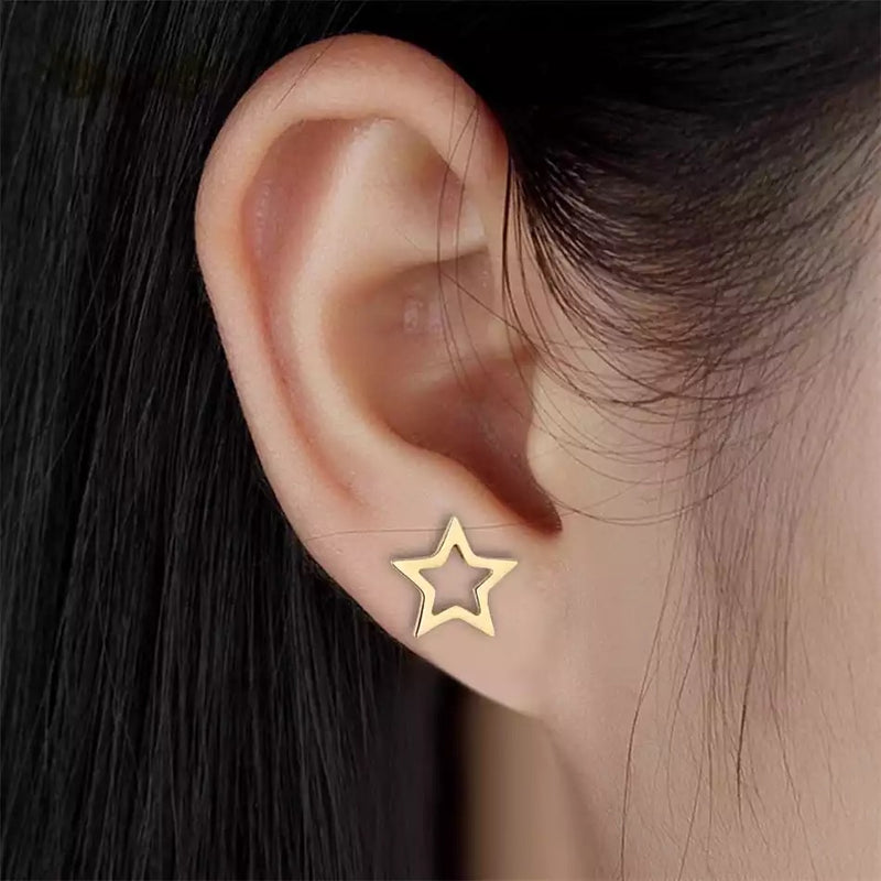 Dainty Open Star Stud Earrings - Gold