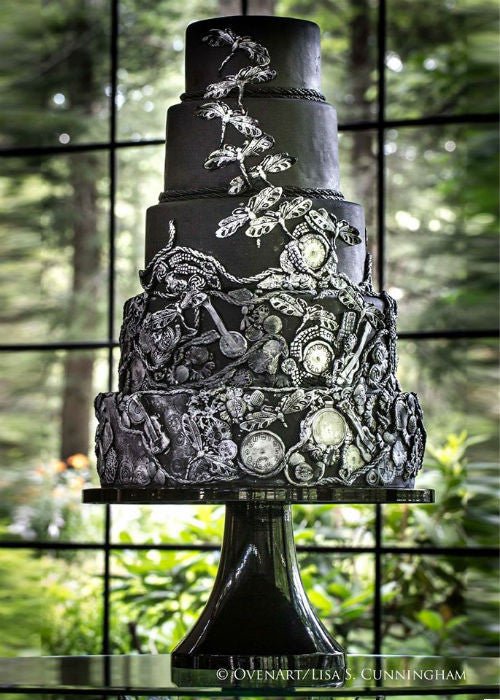 Statuesque Cake on a Black 16 inch Cake Stand