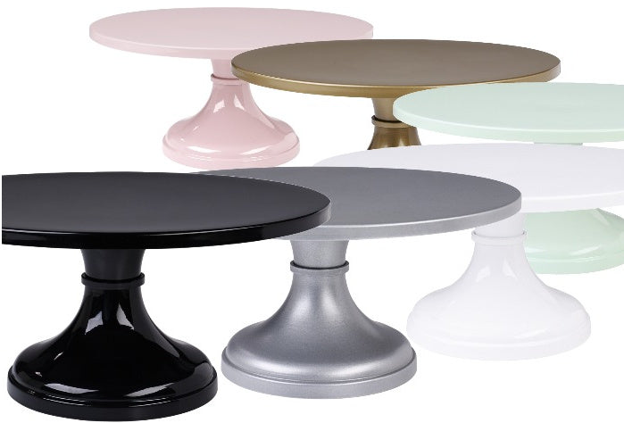 What is the best cake stand for my Wedding Cake?