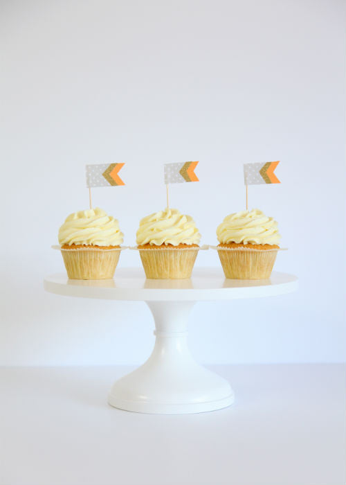 Darling Cupcakes on a White 12 inch Cake Stand
