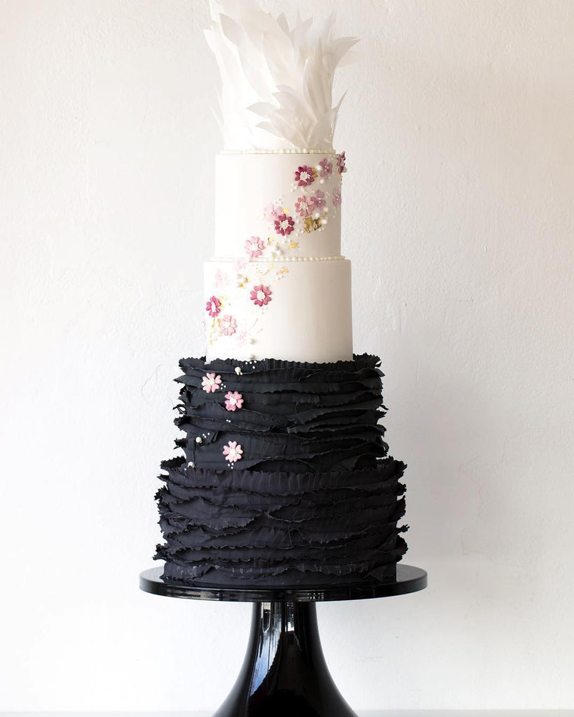 Black Swan Cake on 16 inch Black Cake Stand
