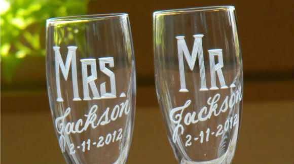 GIVEAWAY # 3 : Personalized Champagne Flutes