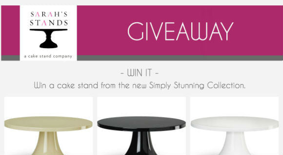 GIVEAWAY: The Perfect Wedding Cake Table