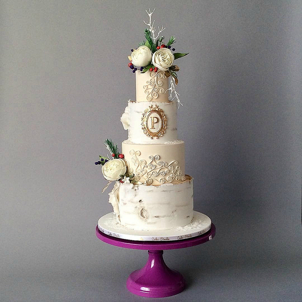 Rustic Cake on 16 inch Violet Cake Stand