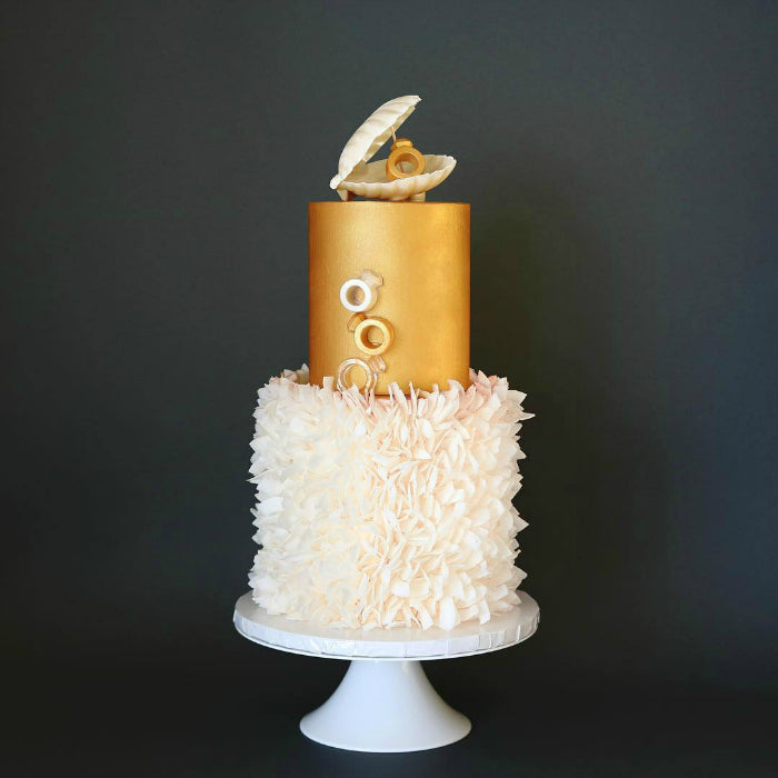 White and Gold Cake on White 14 inch Cake Stand