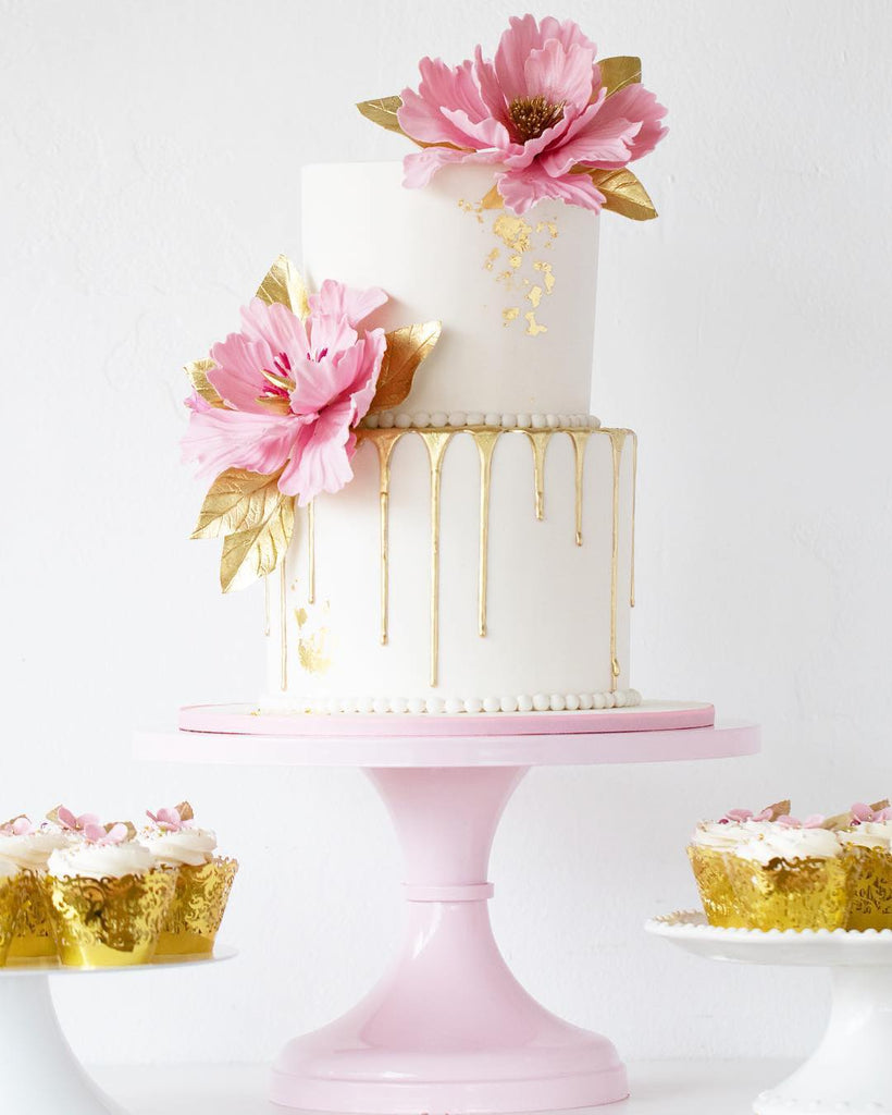 Golden Accent Cake on a 14 inch Pink Cake Stand