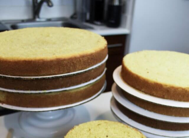 May Sweets: Making Your Own Wedding cake & Cake Plates