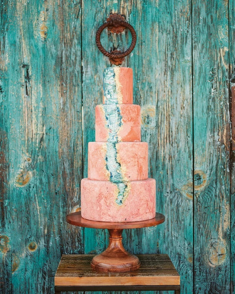 Amazing Wedding Cakes and Cake Stands