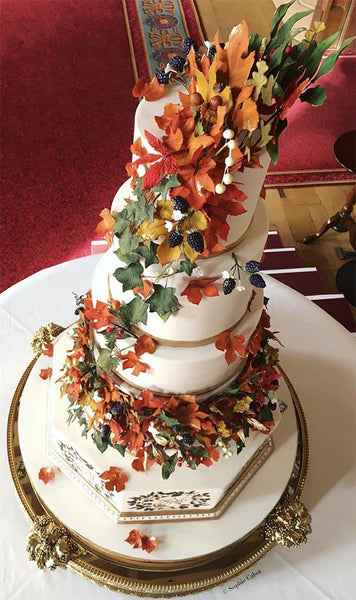 Royal wedding cake stand
