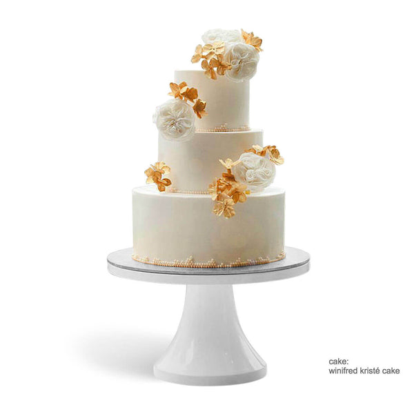 white wedding cake stands 14 inch amp 16 inch white wedding cake stands s stands 1362