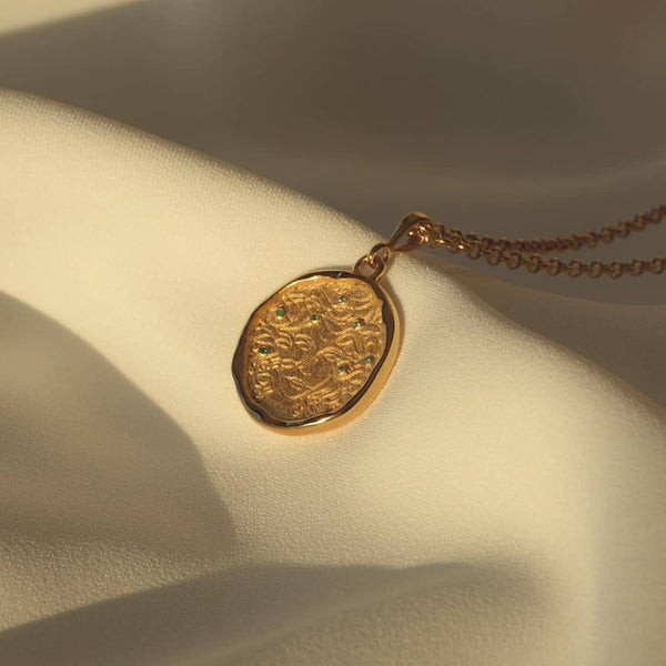 Medusa 7 Emerald Gold Medallion Necklace - COMMON ERA