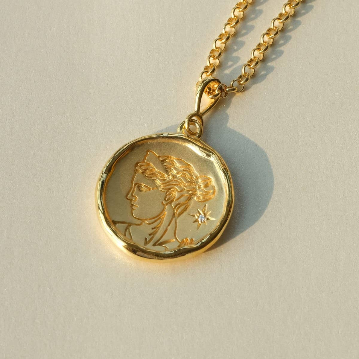 Artemis Gold and Diamond Medallion Necklace - COMMON ERA