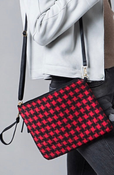 COZY CLUTCH / CROSSBODY (RED HOUNDSTOOTH)