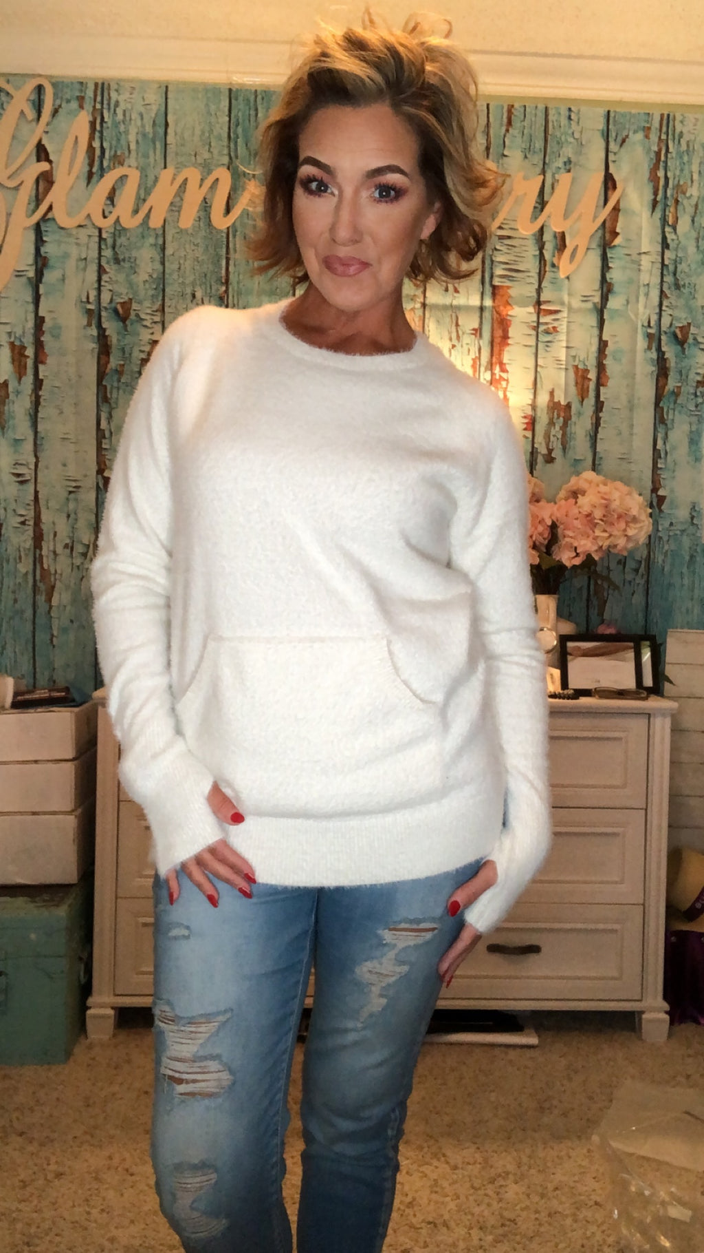 BRUSHED KNIT COZY SWEATER - IVORY (THUMBHOLE SLEEVES)
